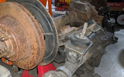 8.8 Ford Lincoln Mark VII Rear Axle for The Race Car